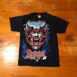 New England Patriots Caricature Shirt Medium
